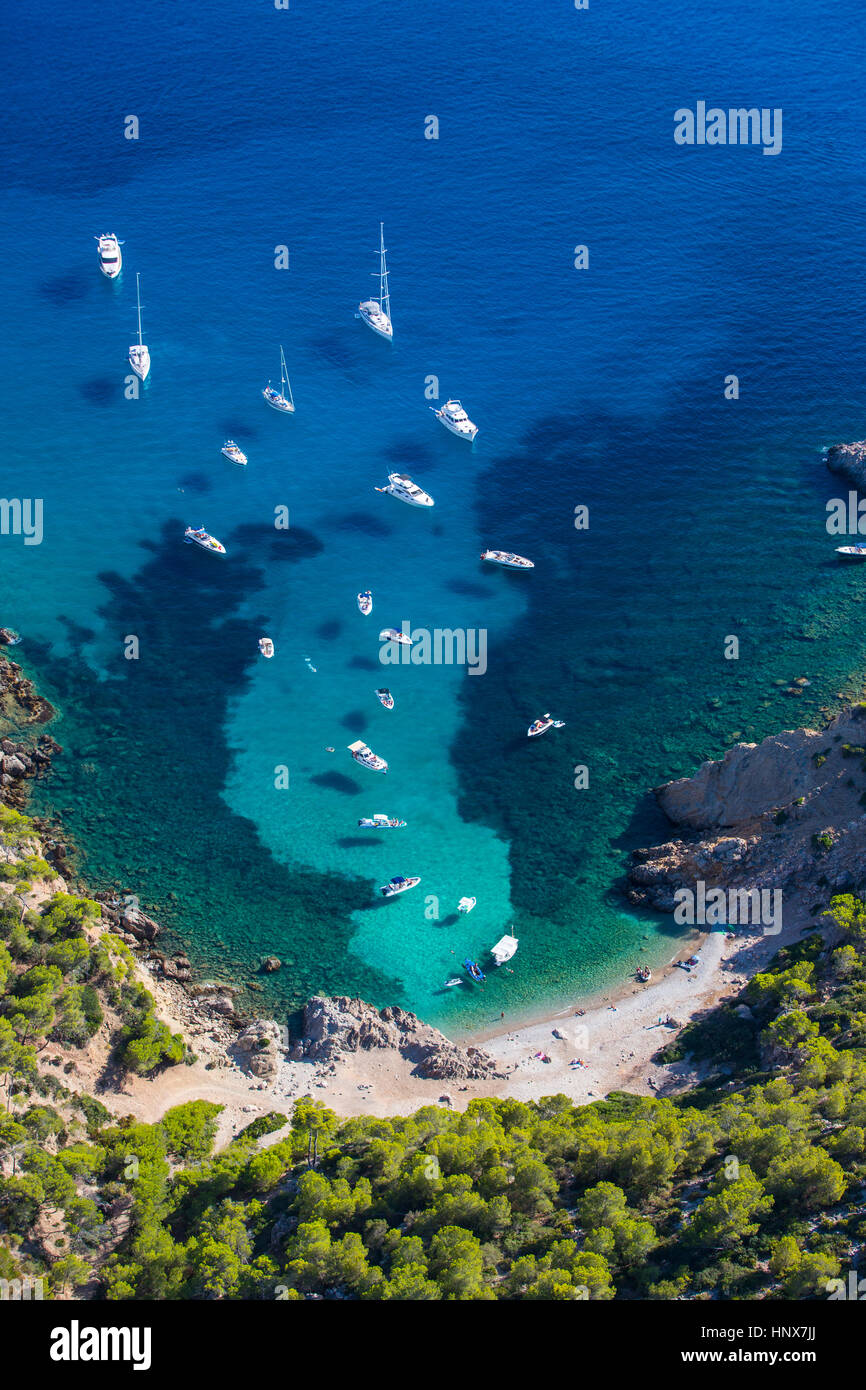 High angle view of yachts anchored in coastal bay, Majorca, Spain - Stock Image