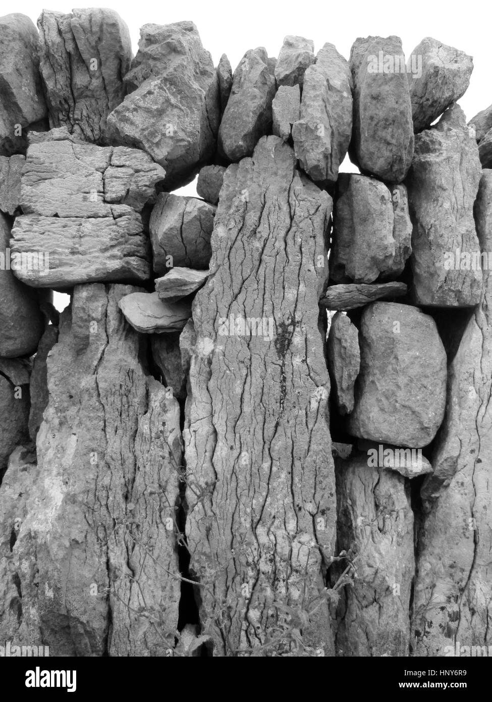 A dry stone wall on Inis Oirr - Inisheer in Irish - Aran Islands - Co Galway - Ireland - Stock Image