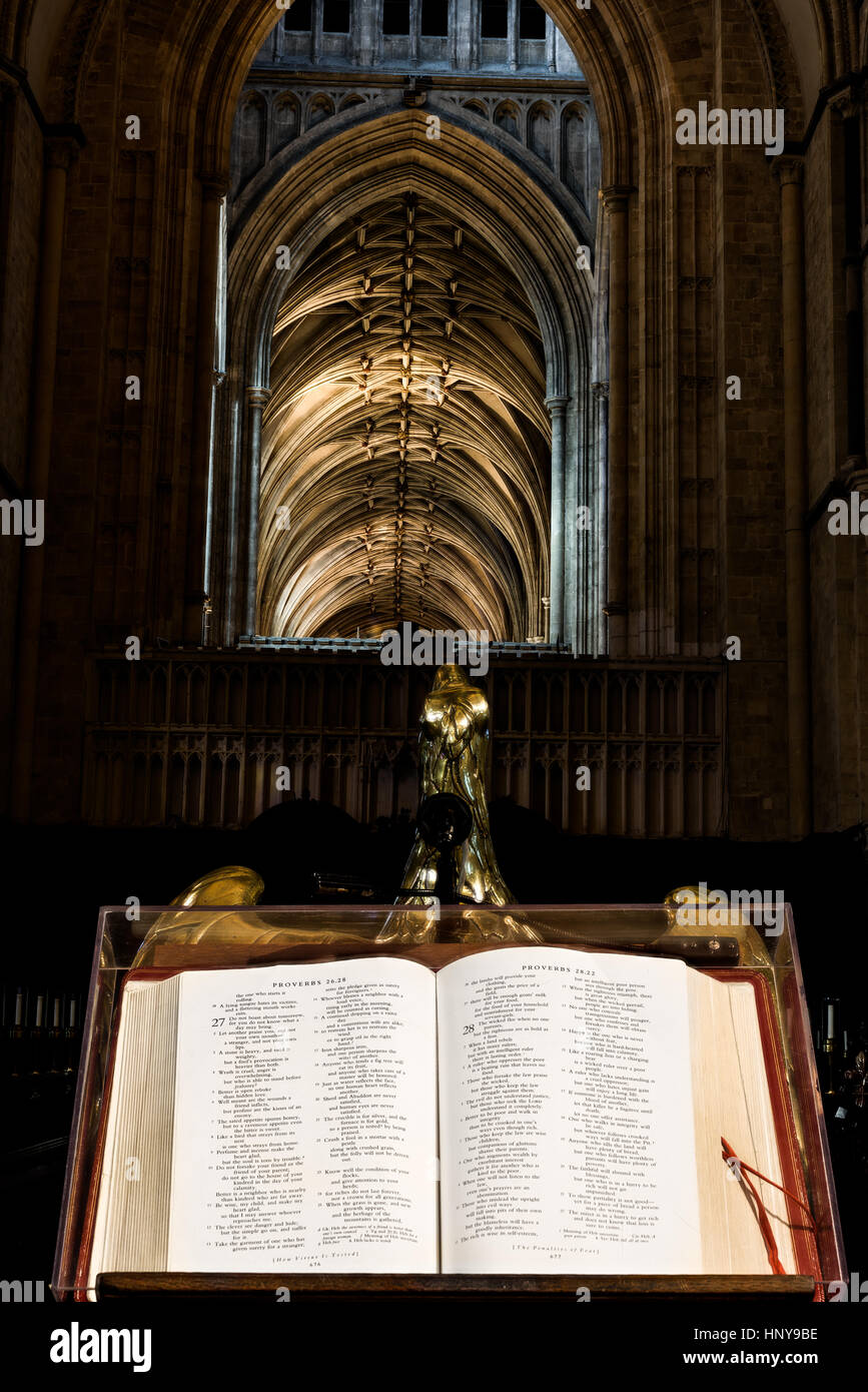 Bible and lectern in the quire (choir) at Canterbury cathedral, England. - Stock Image