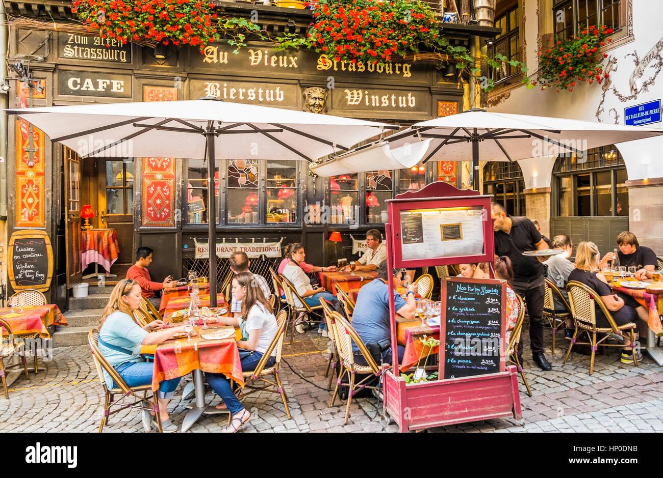 au vieux strasbourg, traditional alsatian restaurant - Stock Image