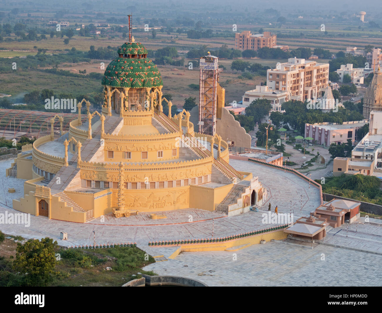 Samovsara Mandir temple at Palitana in Gujarat, a sacred site in the Jain religion that attracts pilgrims to India - Stock Image