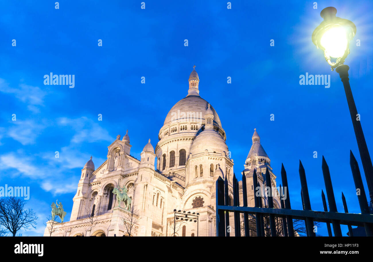 The Sacre Coeur basilica in the evening, Paris. - Stock Image