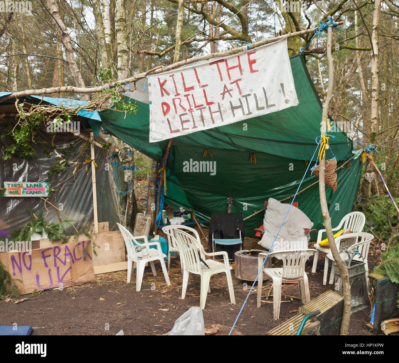 Coldharbour Lane, Abinger Forest, near Leith Hill, Surrey, UK. 17th Feb, 2017. Anti fracking protesters roadside - Stock Image