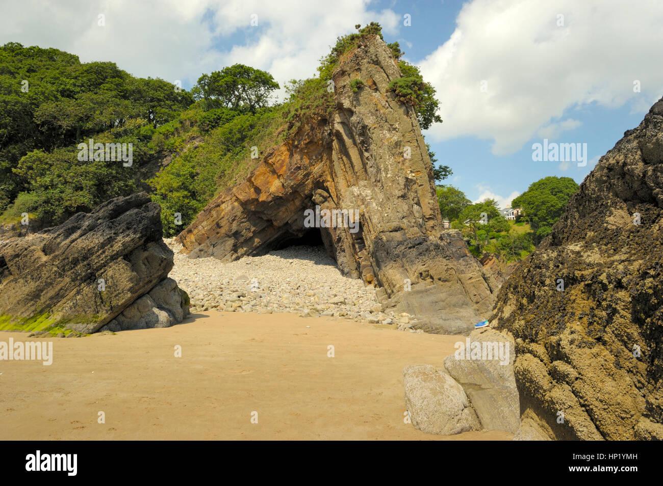 Saundersfoot Beach and Rocks - Stock Image