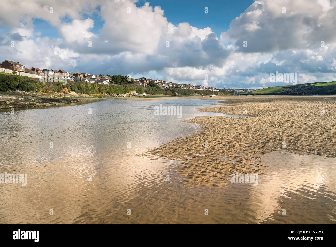 The riverbed exposed at low tide on the Gannel Estuary. Newquay, Cornwall, UK. - Stock Image