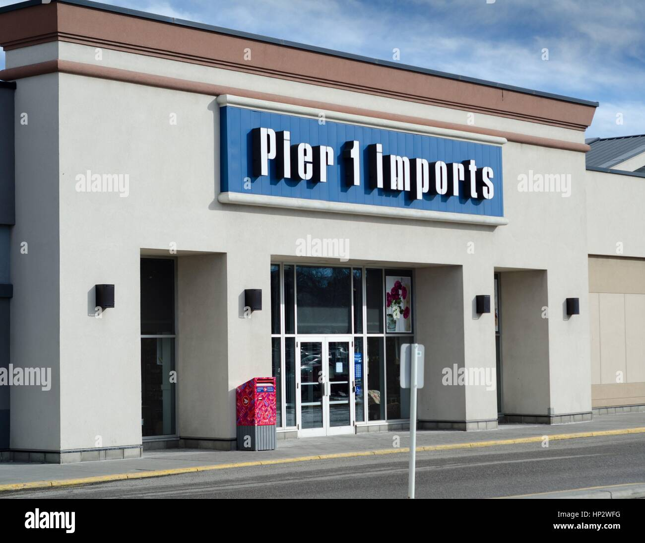 A Pier 1 Imports retail store in Calgary, Alberta, Canada. - Stock Image