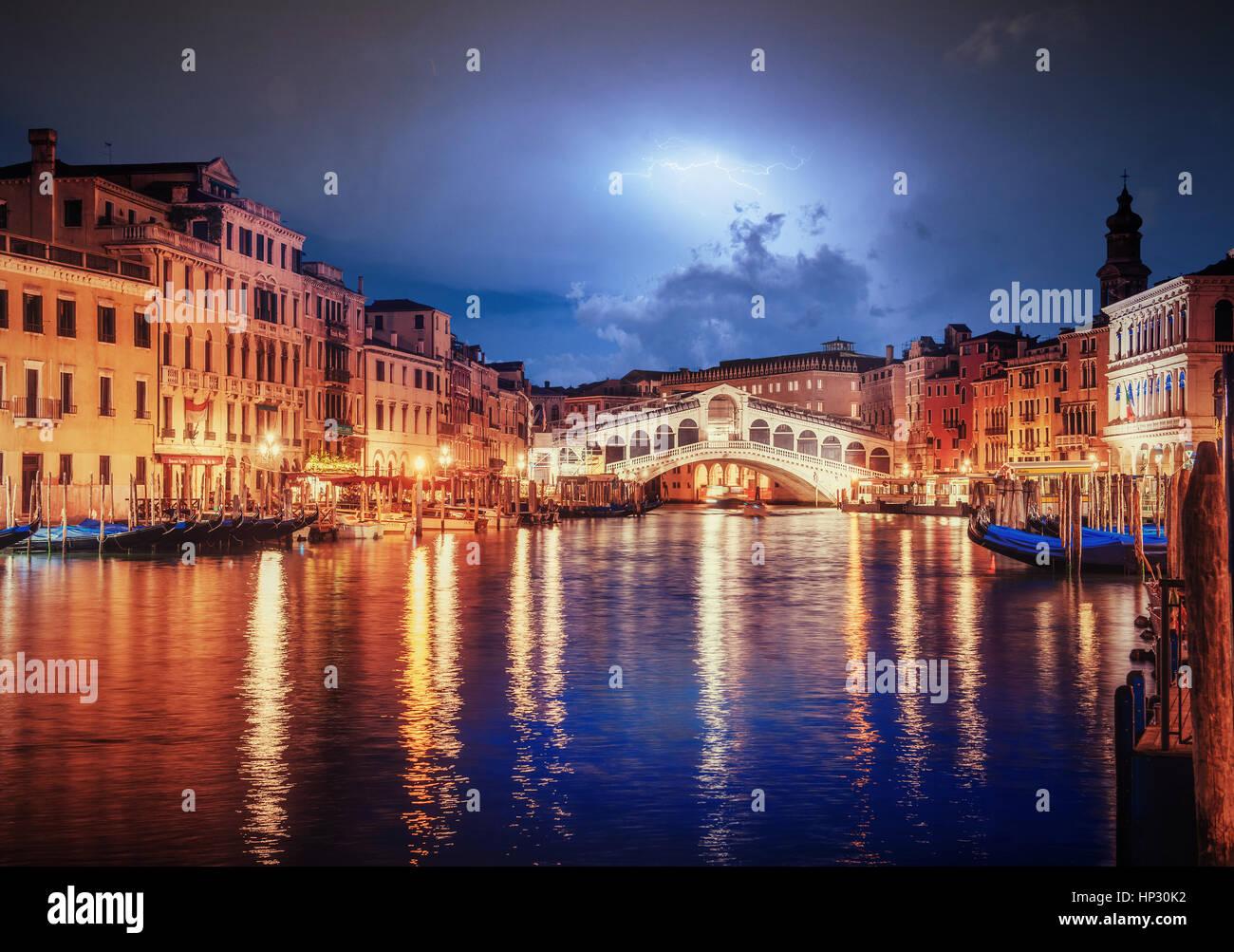 City landscape. Rialto Bridge in Venice - Stock Image