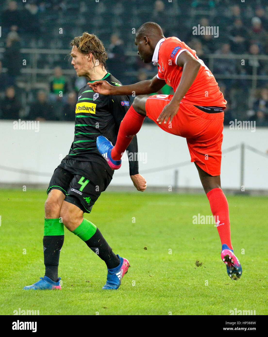 sports, football, UEFA Europa League, 2016/2017, Round of 32, first leg, Borussia Moenchengladbach vs ACF Fiorentina - Stock Image