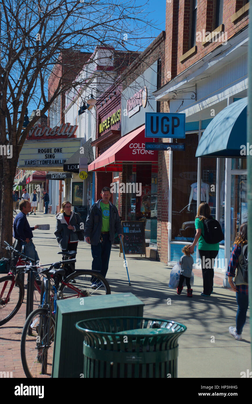 Franklin Steet daily scene in Chapel Hill, NC - Stock Image