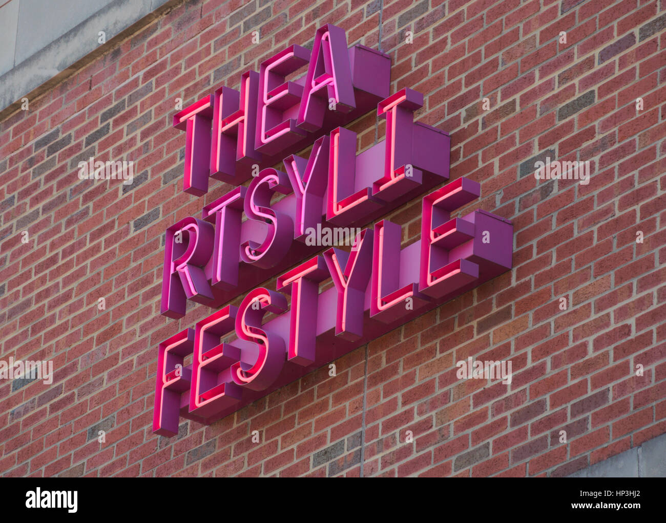 The artsy lifestyle sign on Hanes Art Center at UNC Chapel Hill. Ben Wainmann (2013). - Stock Image