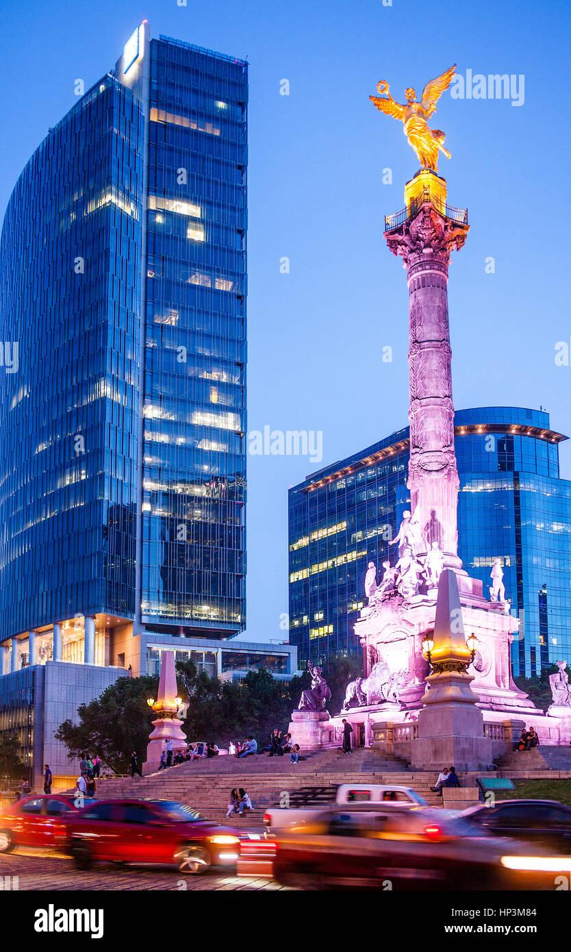 Angel statue, Independence Monument in Avenida de la Reforma, Mexico City, Mexico - Stock Image