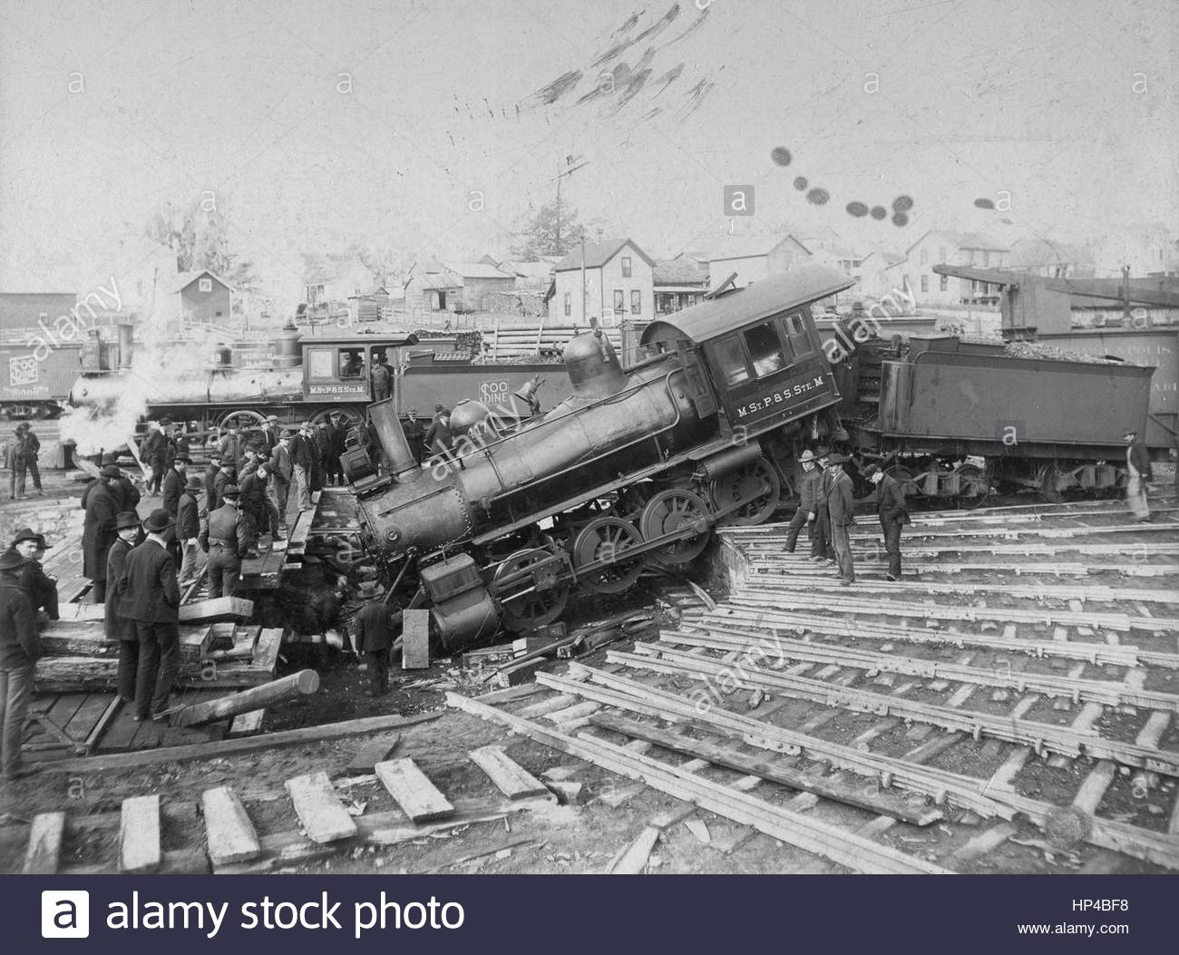 SOO Line steam train Engine 417 crashed into the Round house's turntable. The SOO Line was owned by the Canadian - Stock Image