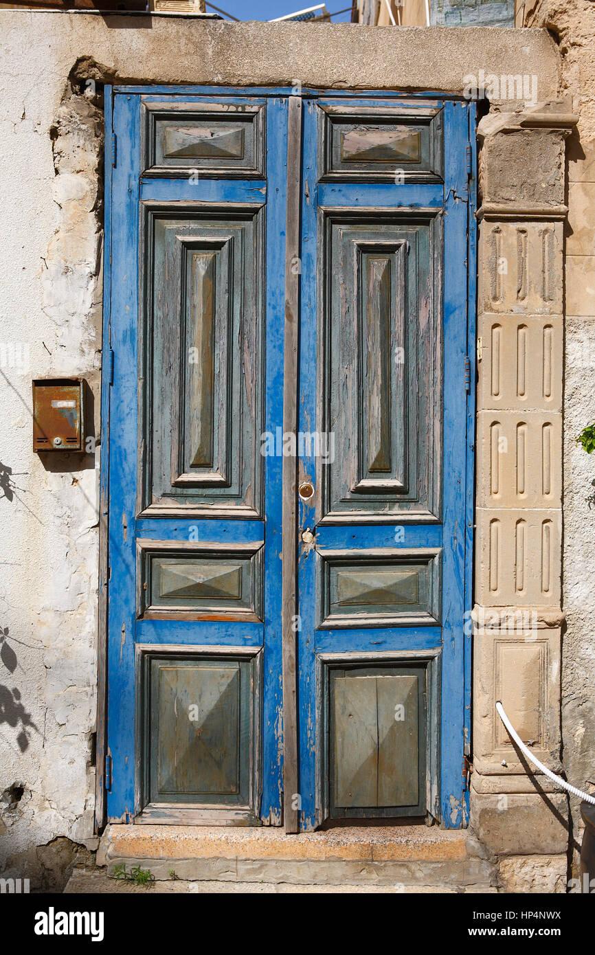 old wooden front door in old city, tel aviv-yafo, israel Stock Photo