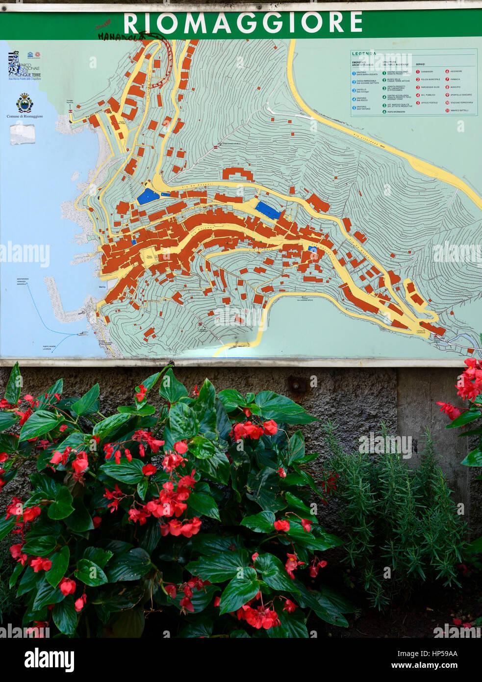 Riomaggiore Italy Map.Riomaggiore Street Map Maps Clifftop Village Riomaggiore Cinque