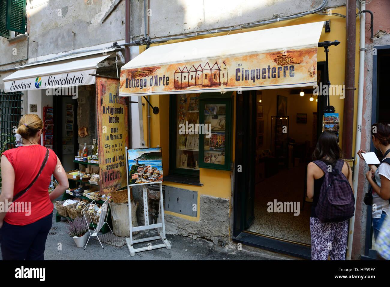 Art shop, paintings, Vernazza, Cinque Terre, Coast, Coastline, Village, Villages, cliff, cliffs, clifftop, colourful, Stock Photo