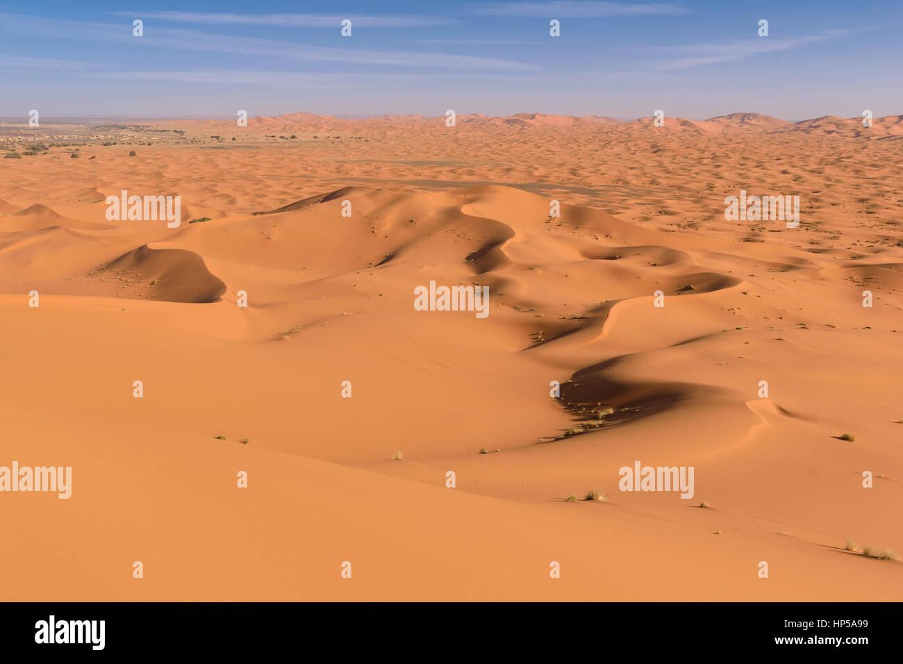 Sahara Erg Chebbi dunes, Merzouga, Morocco  - Stock Image
