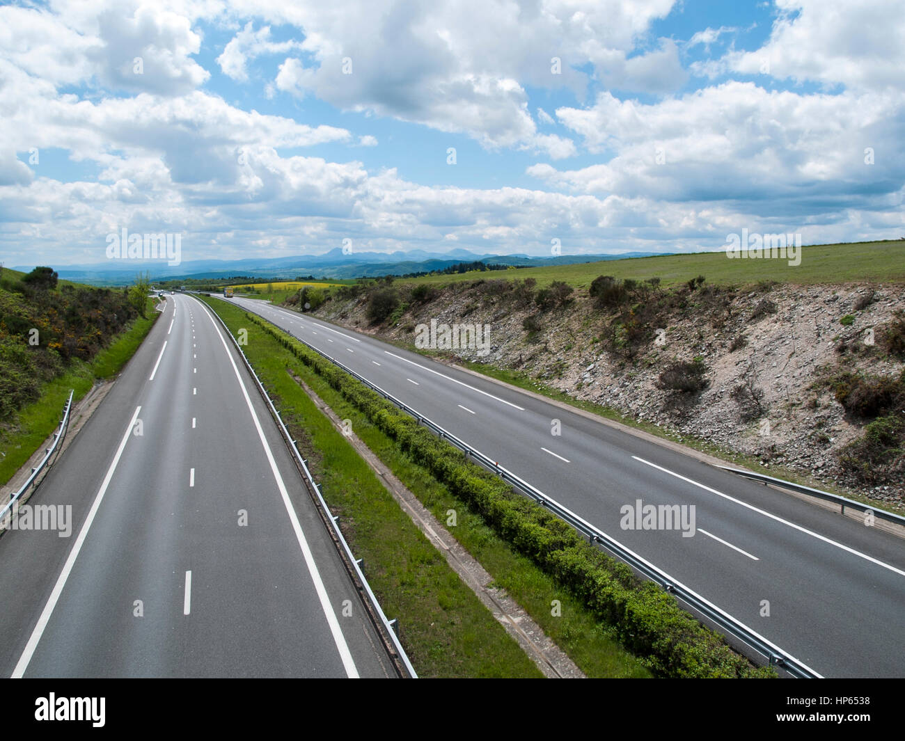 view of a75 autoroute between clermont ferrand and millau france stock photo 134130732 alamy. Black Bedroom Furniture Sets. Home Design Ideas