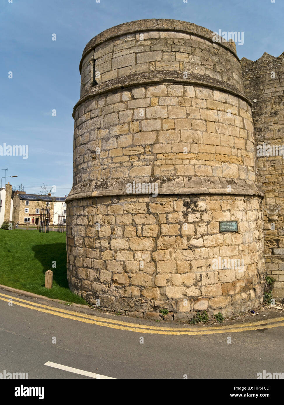 The only remaining stone town wall bastion tower, St Peter's Gate, Stamford, Lincolnshire, England, UK - Stock Image