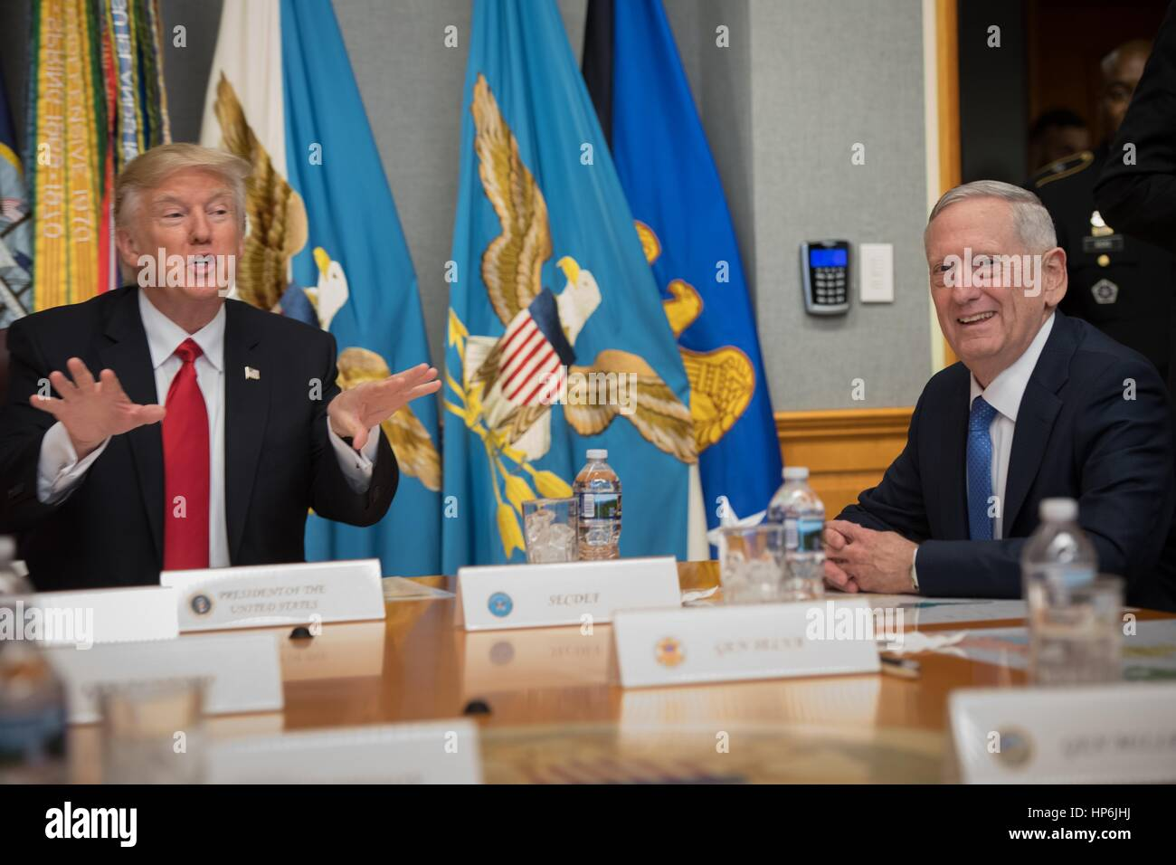 U.S. President Donald Trump and Secretary of Defense James Mattis meet with senior military leaders at the Pentagon - Stock Image