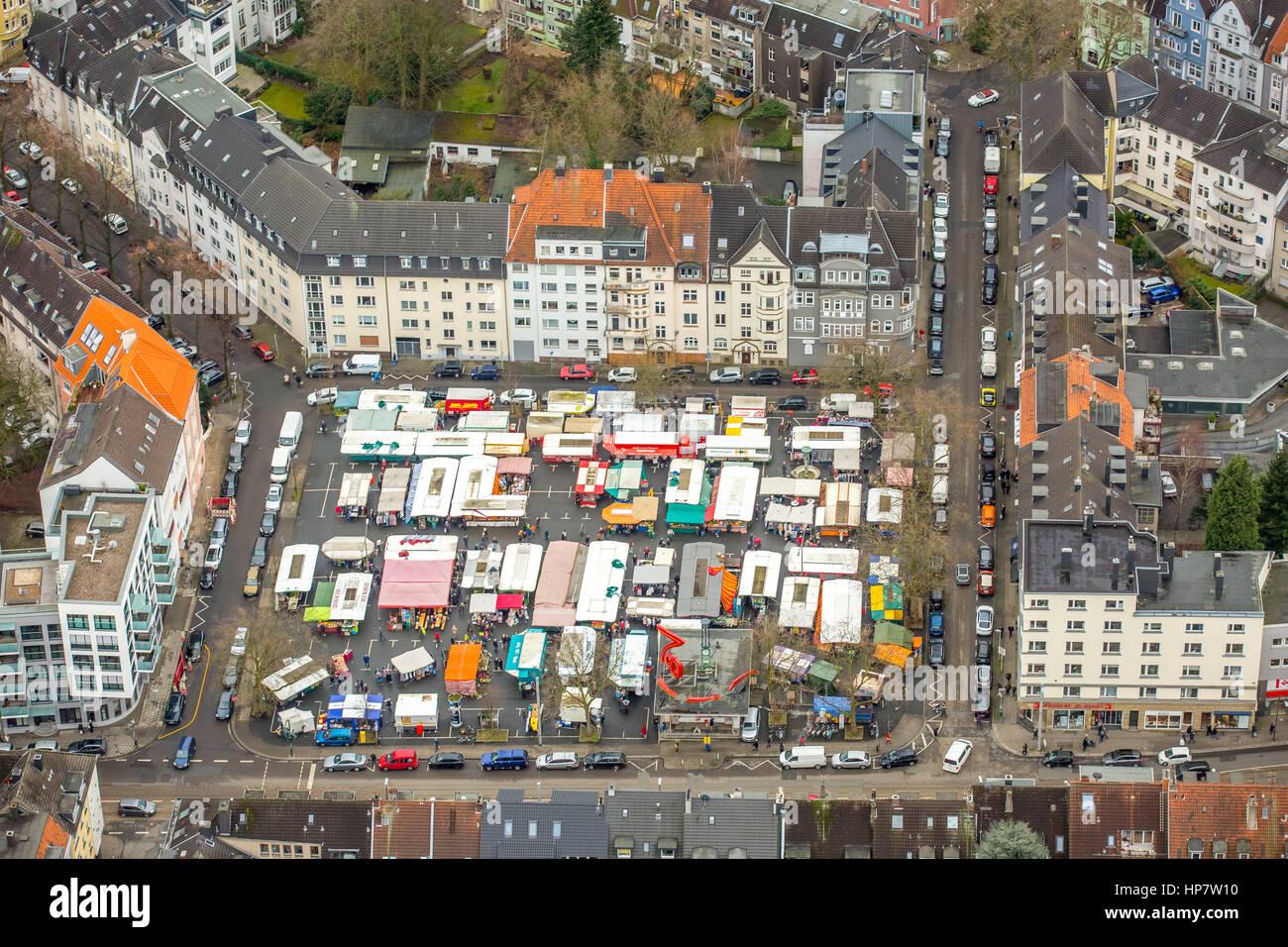 Market place, Rüttenscheid, Rüttenscheider Platz, market stalls, Klara, Essen, Ruhr, Nordrhein-Westfalen, - Stock Image