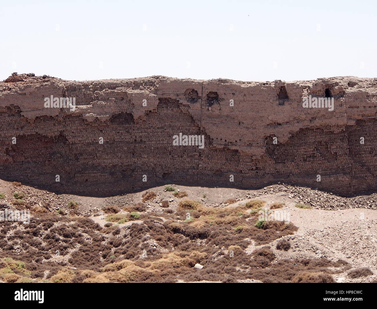The mud brick enclosed wall surrounding Dendera Temple, Egypt - Stock Image
