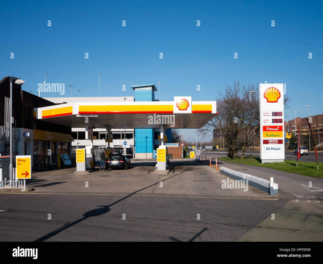 Shell Petrol station, Mile end, Portsmouth, England Stock Photo