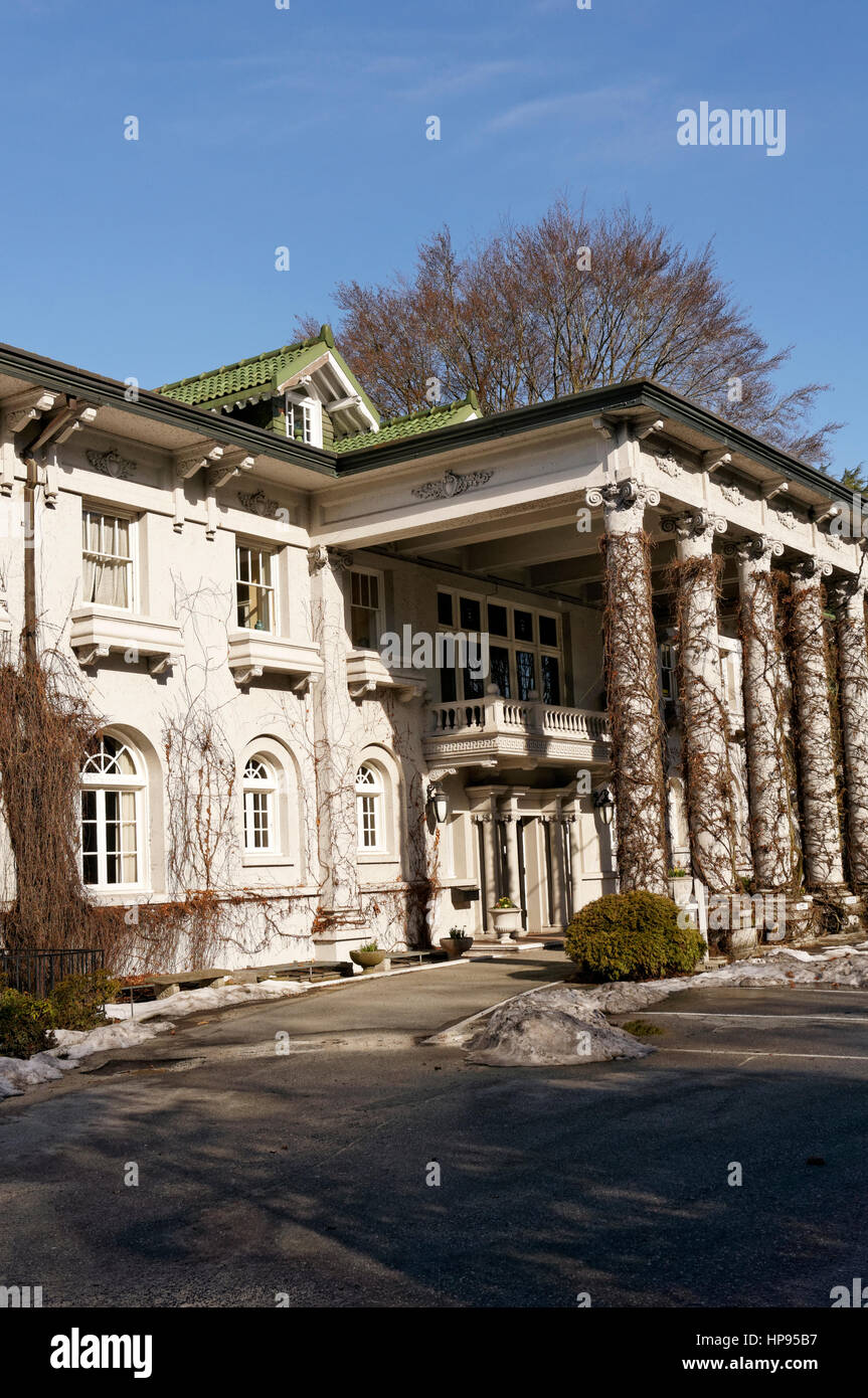 The Edwardian era Hycroft Manor that houses the University Women's Club of Vancouver, Shaughnessy Heights, Vancouver, Stock Photo