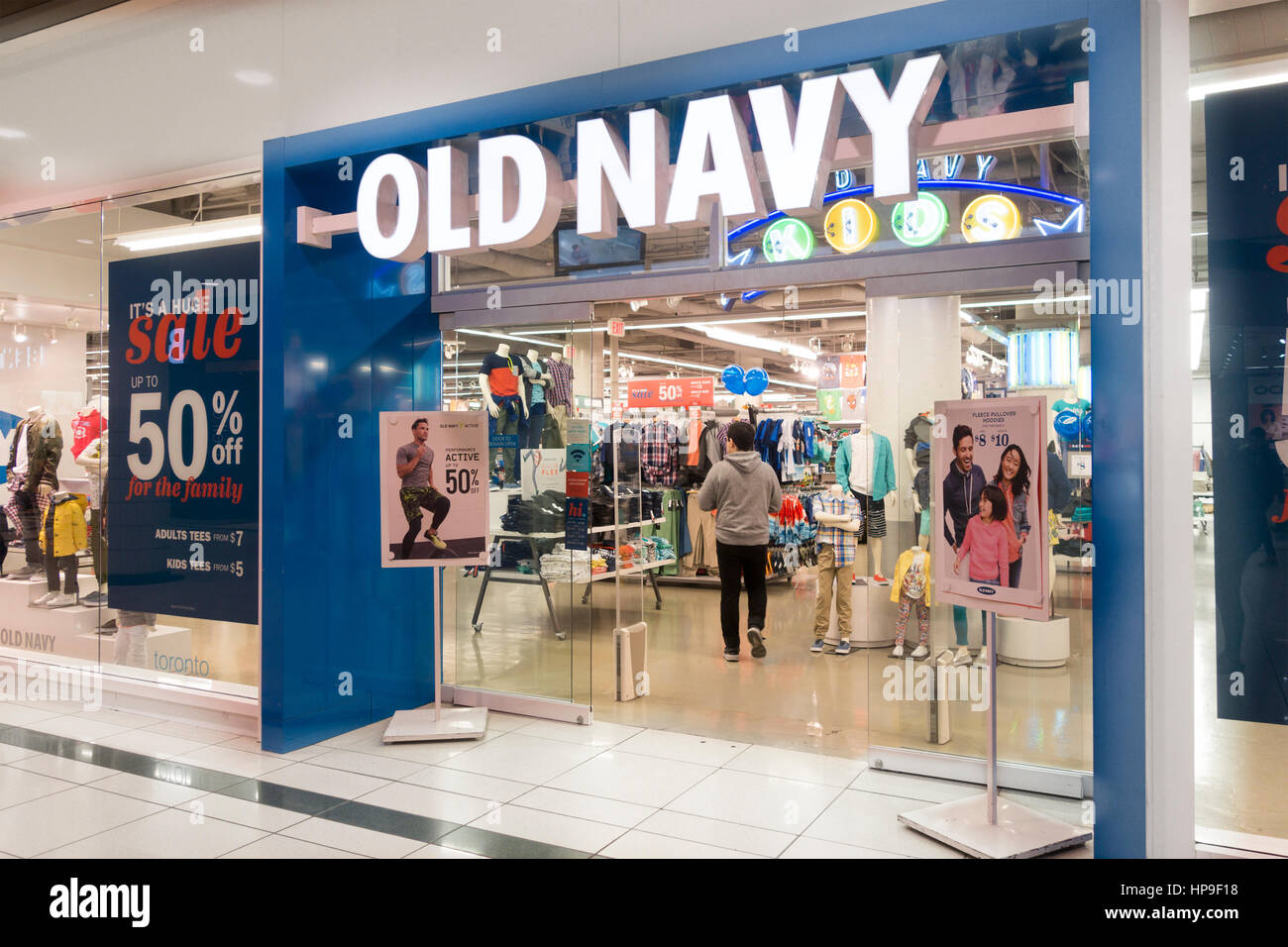 Old Navy Store In The Eaton Centre At Yonge And Dundas In