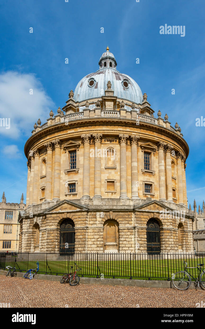The Radcliffe Camera (round Palladian style library building), Oxford, Oxfordshire, England Stock Photo