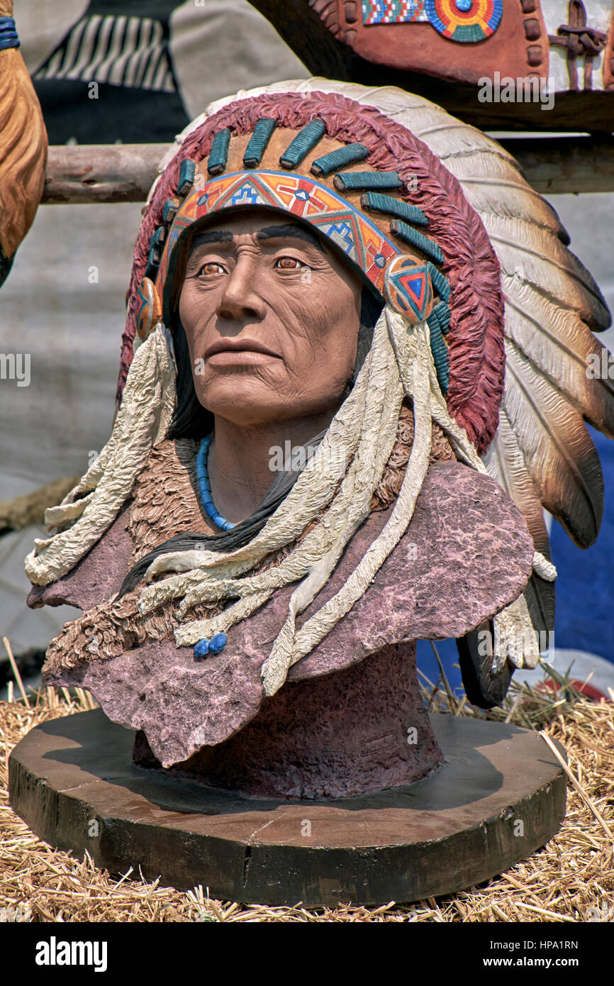 Bust statue of a Native American Indian - Stock Image