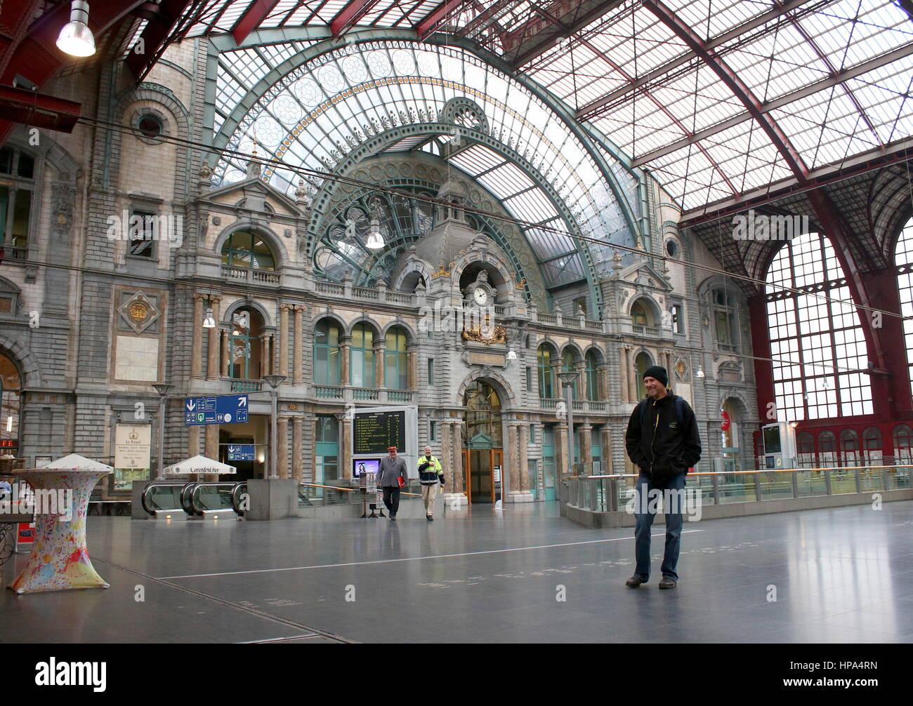 Waiting Hall Of The Antwerp Station High Resolution Stock Photography And Images Alamy