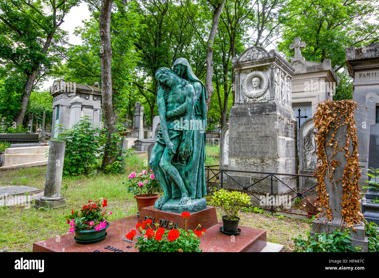 Tombs in the Pere Lachaise cemetery, Paris, France, F Chopin - Stock Image