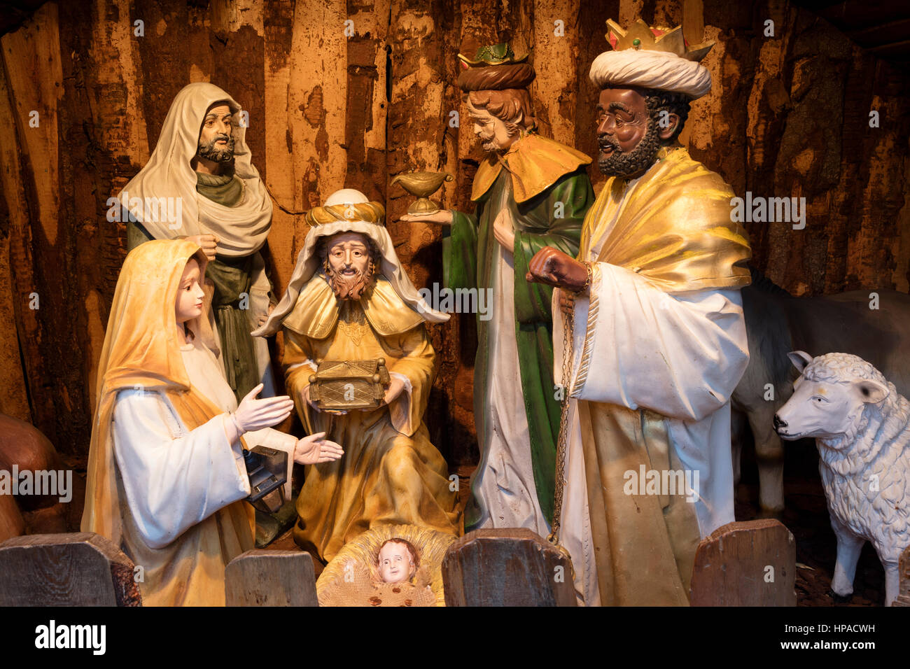 Nativity scene figures, Holy Family and Holy Three Kings of the nativity scene, Christmas Market, Bremen, Germany Stock Photo