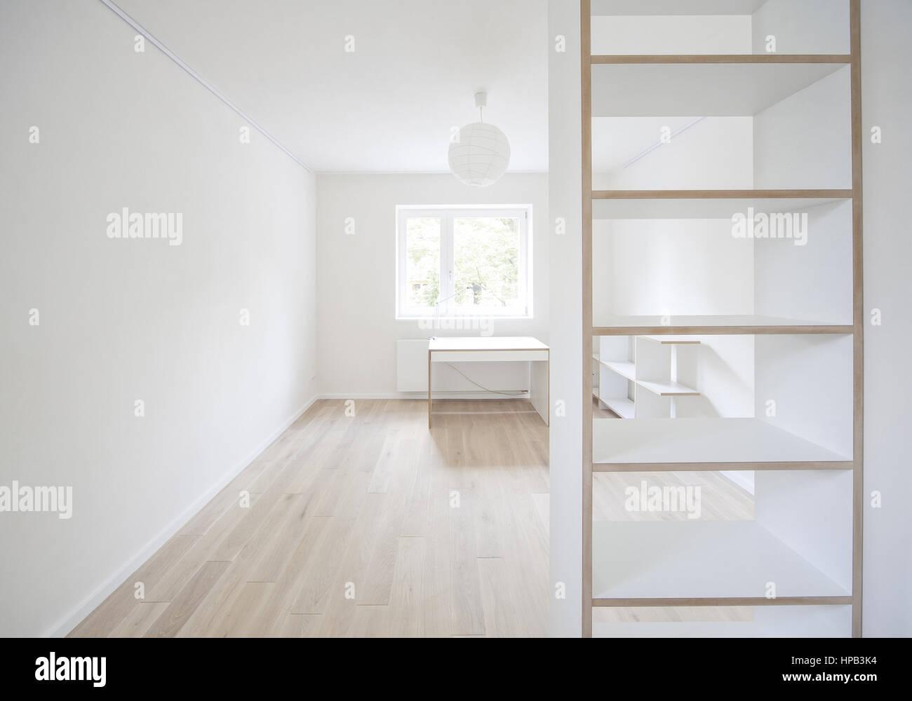 Beeindruckend Regal Mit Schreibtisch Galerie Von Weisser Wohnraum Parkett, Und