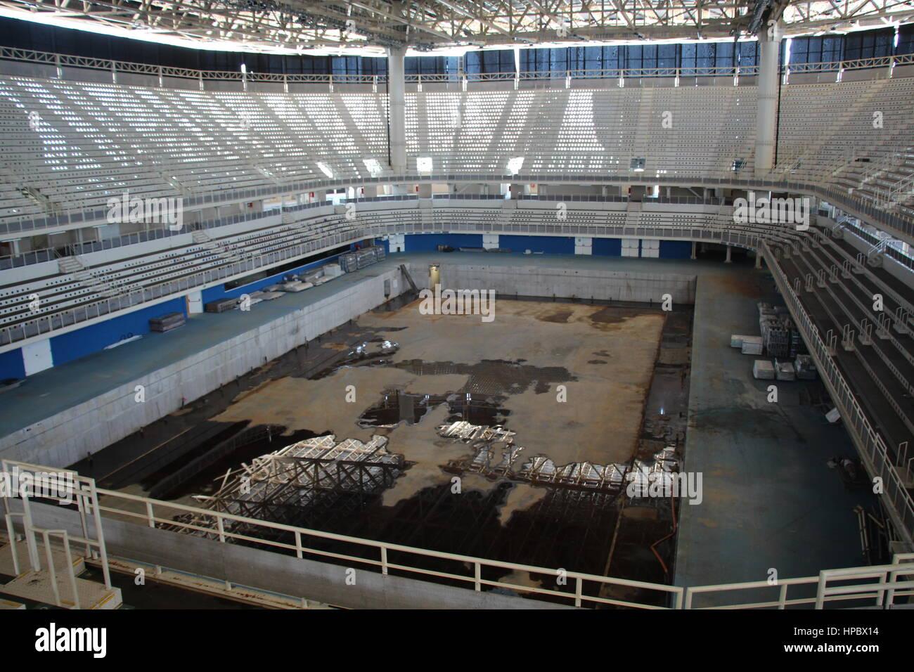 Die Olympia-Schwimmhalle am 18.02.2017 in Rio de Janeiro (Brasilien). Die Olympischen Spiele 2016 wurden vom 5. - Stock Image