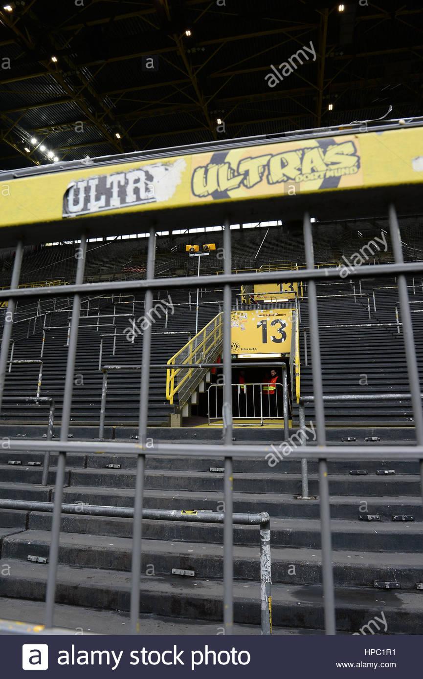 Ultra Dortmund Aufkleber an der gesperrten Sued-Tribuene / Sued  DORTMUND, DEUTSCHLAND - 18. FEBRUAR: FUSSBALL  - Stock Image