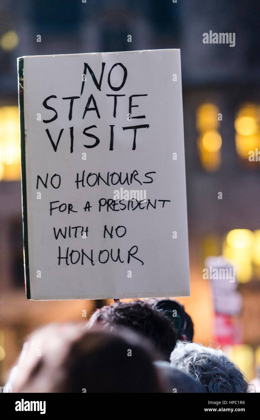 London, UK. 20th Feb, 2017. Parliament Square, London. 20th February 2017. Protesters take to the streets of London - Stock Image