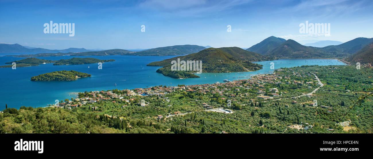 Pringiponissia islands at the east side of Lefkada coastline in the Ionian Sea, Greece - Stock Image