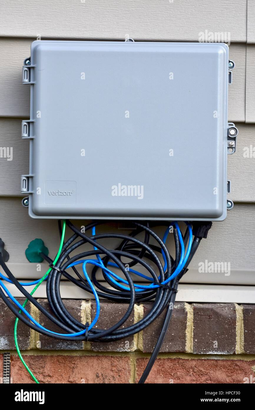 Verizon internet and cable box on outside of home Stock Photo ...