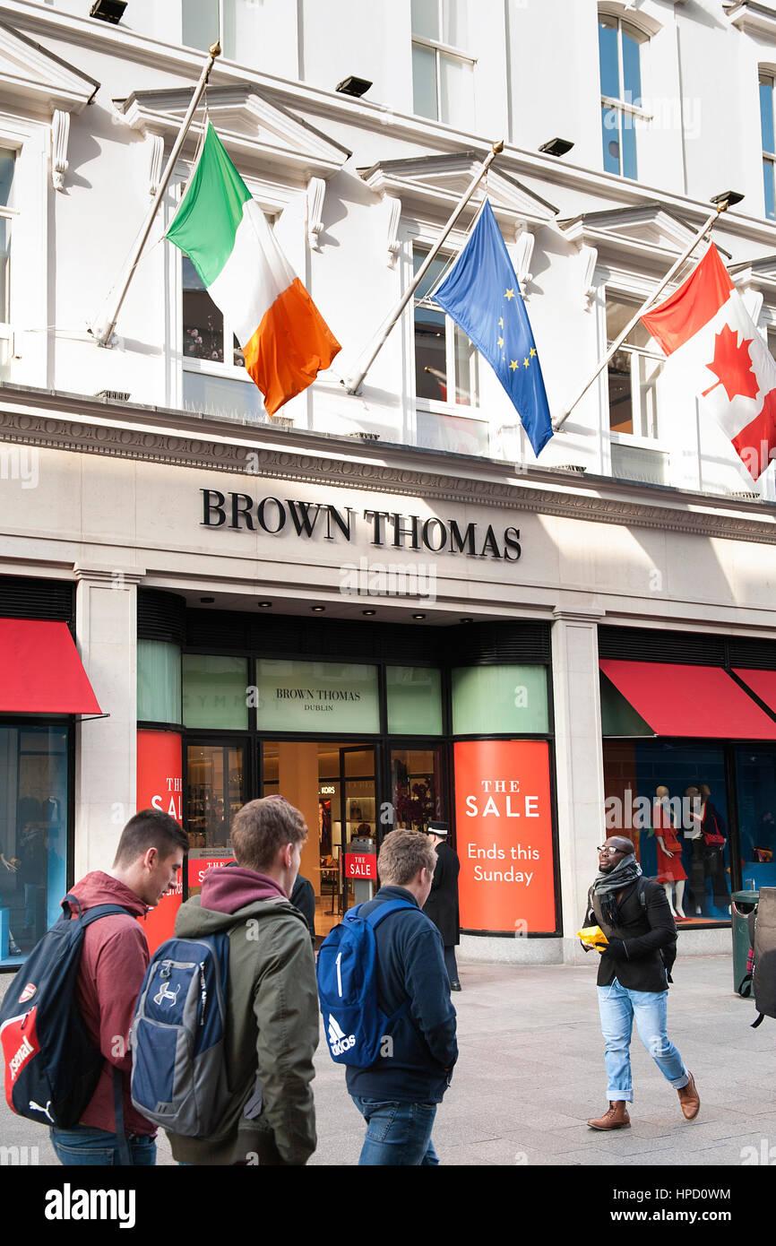 The Brown Thomas department store premises on Dublin's Grafton Street - Stock Image