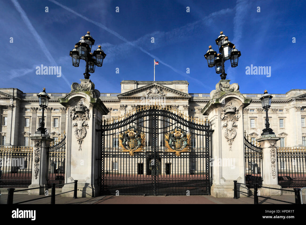 Summer view of the frontage of Buckingham Palace, St James, London, England, UK - Stock Image