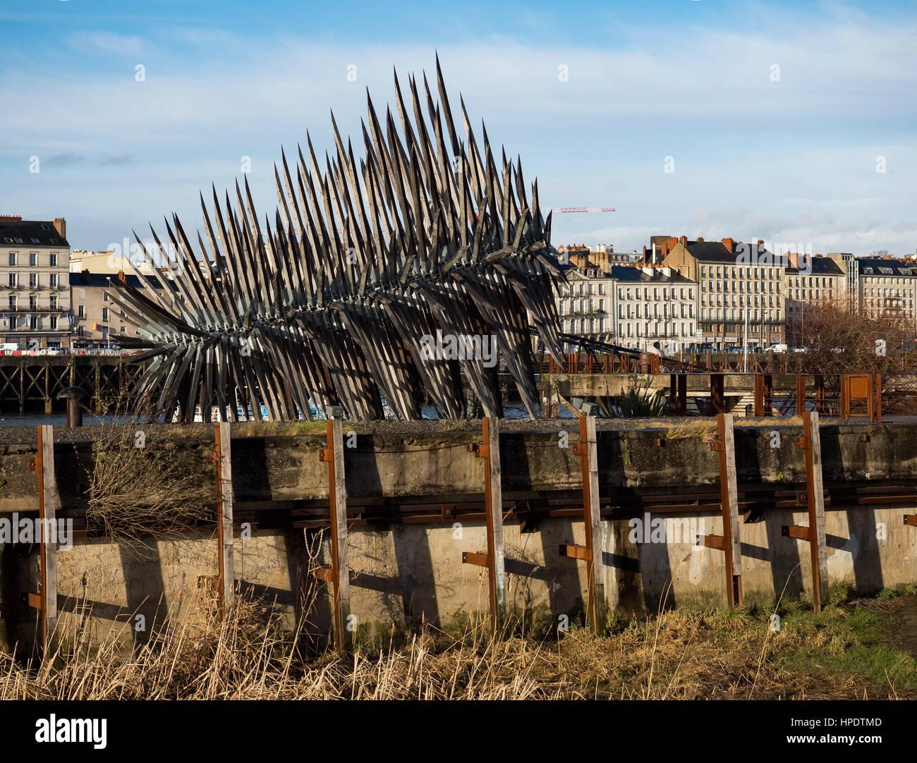 Sculpture 'Résolution des Forces en présence' of Vincent Mauger, Cité des Chantiers, ile - Stock Image