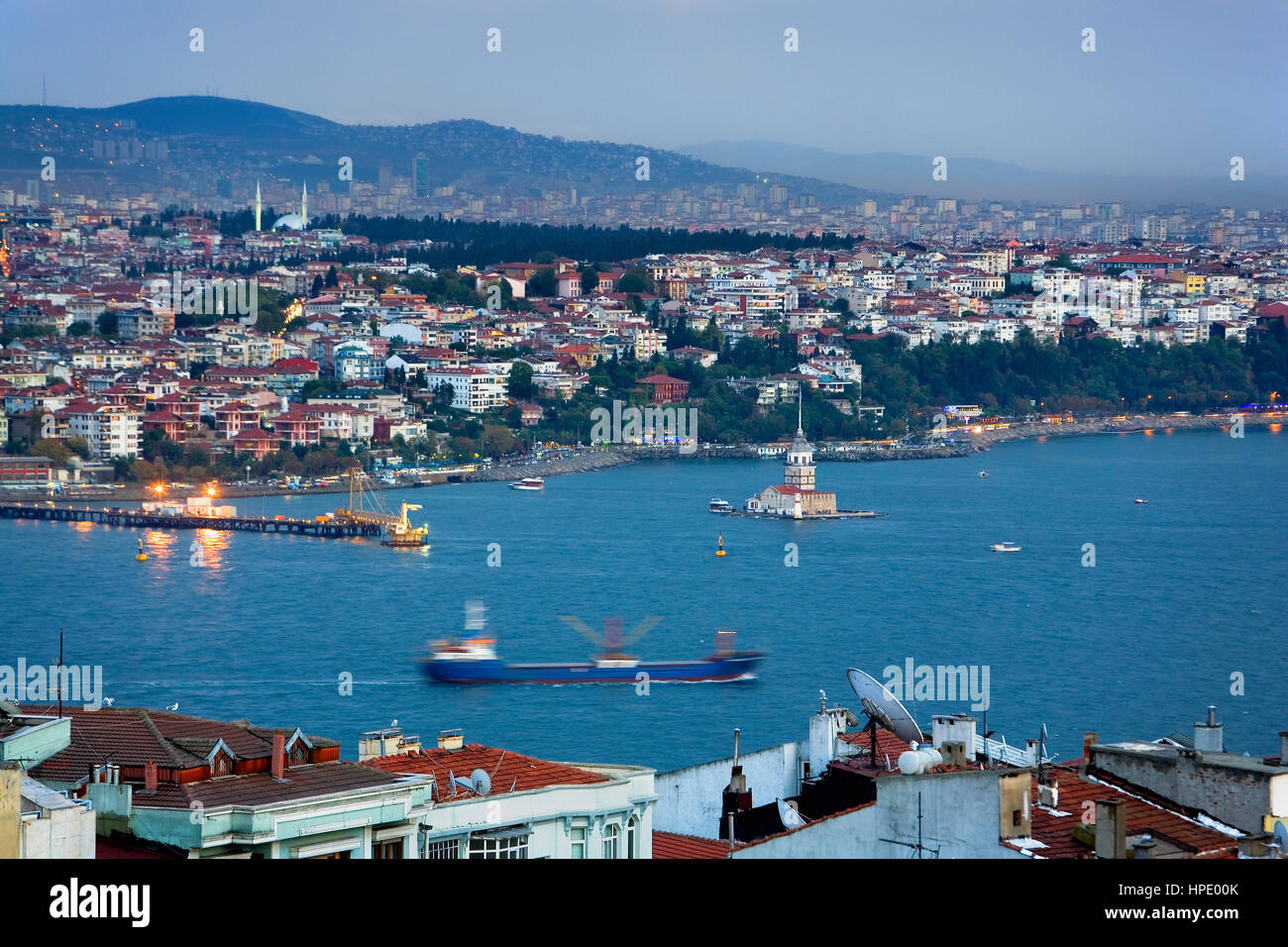 view from Beyoglu of Bosphorus Strait. At right Kiz Kulesi (Maiden´s Tower) island with Uskudar district in - Stock Image