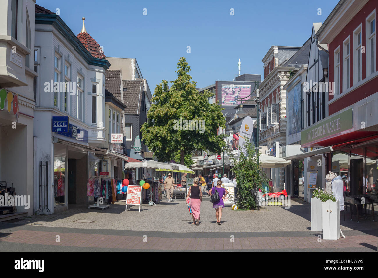 shopping street 39 lange stra e 39 delmenhorst lower saxony germany stock photo 134322645 alamy. Black Bedroom Furniture Sets. Home Design Ideas