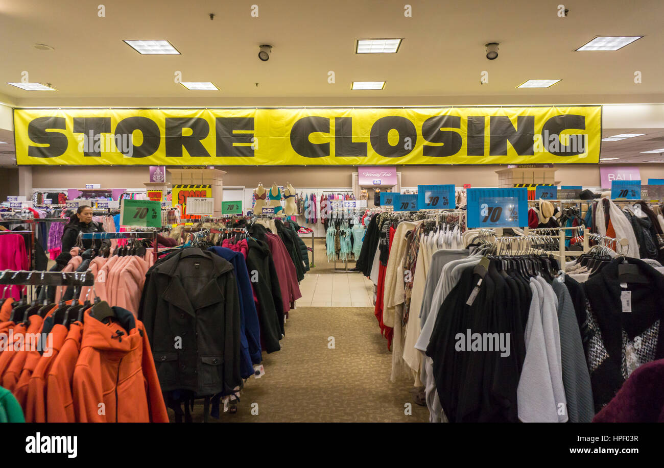 Store closing sign at the soon to be closing Sears store in Rego Park in the New York borough of the Queens on Saturday, - Stock Image