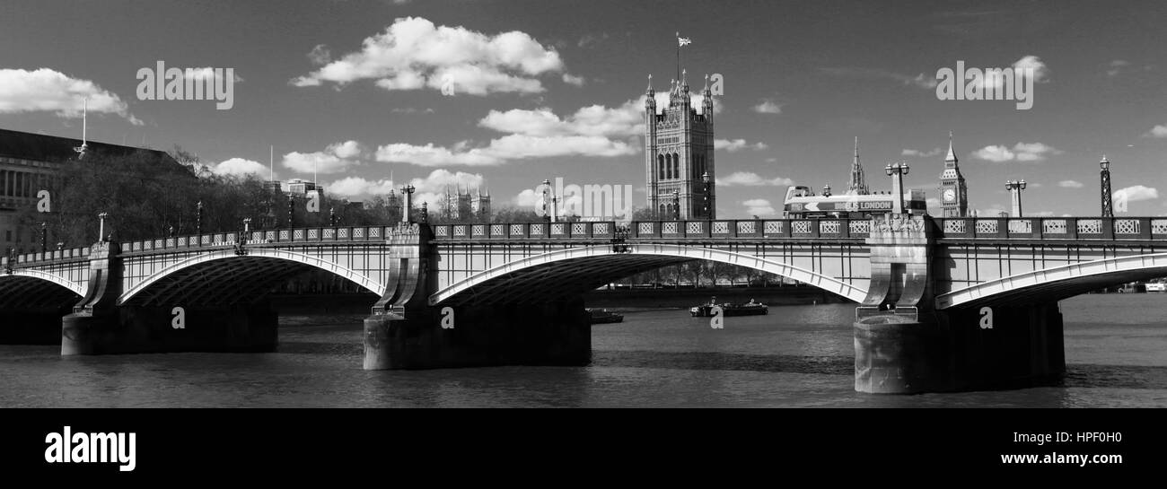 Summer, Lambeth Bridge, river Thames, Westminster, London City, England, UK - Stock Image