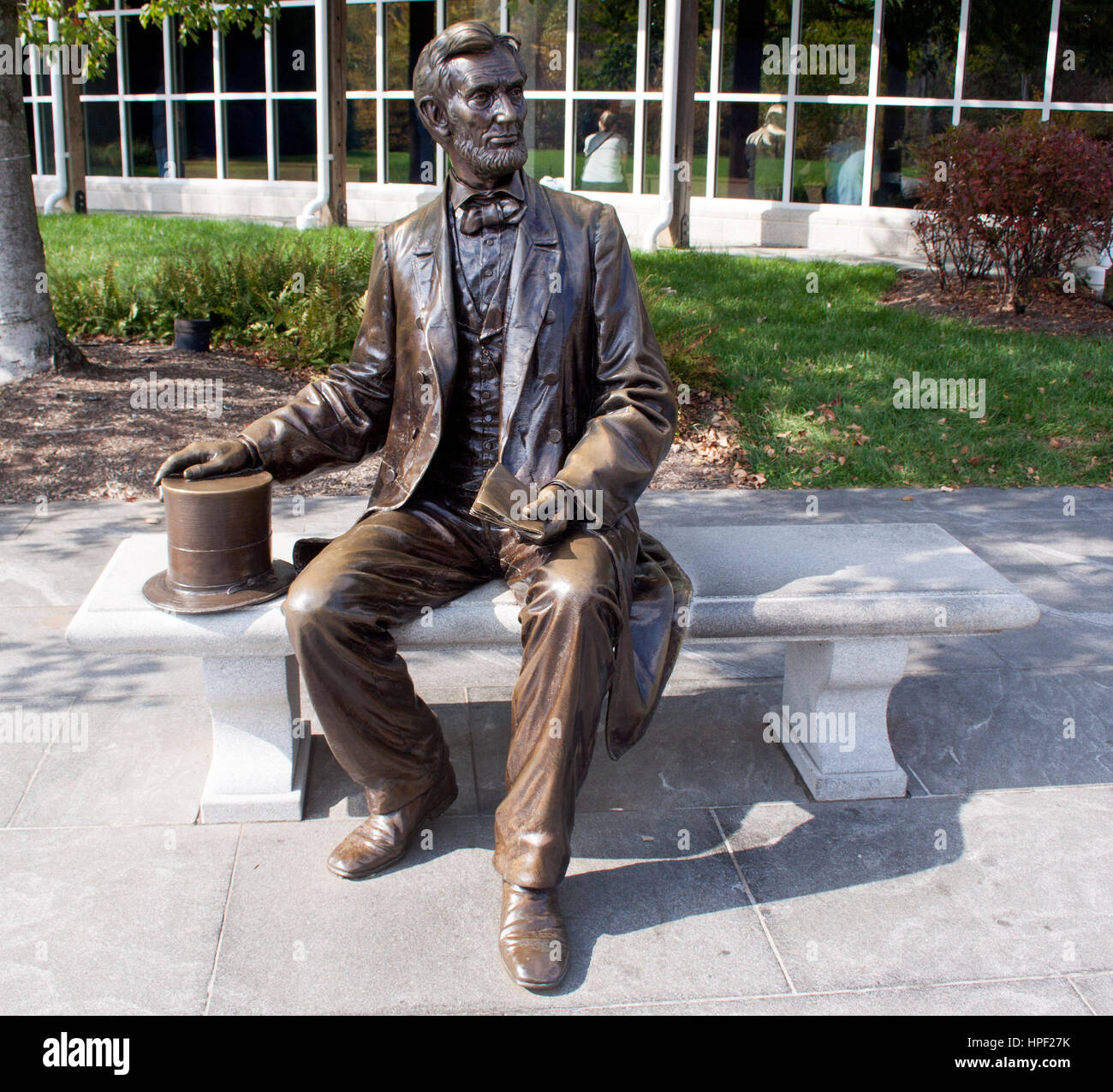 President Abraham Lincoln statue on a bench in Gettysburg Pennsylvania - Stock Image