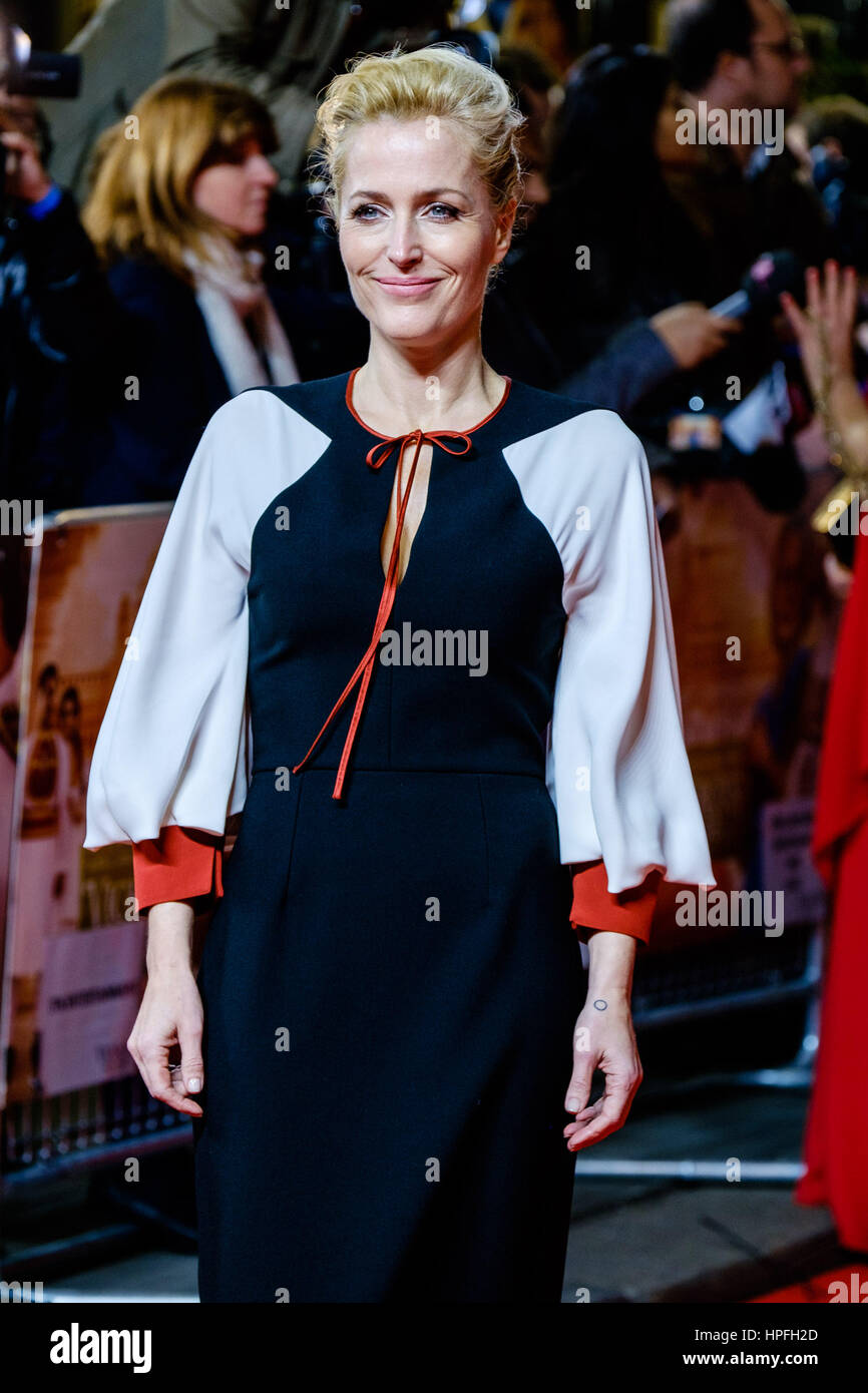 London, UK. 21st February, 2017. Gillian Anderson attends the UK Premiere if VICEROY'S HOUSE on 21/02/2017 at - Stock Image