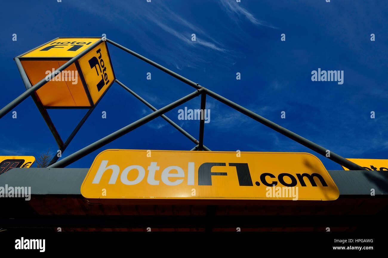 France, Formule 1 Hotel sign against a blue sky - Stock Image