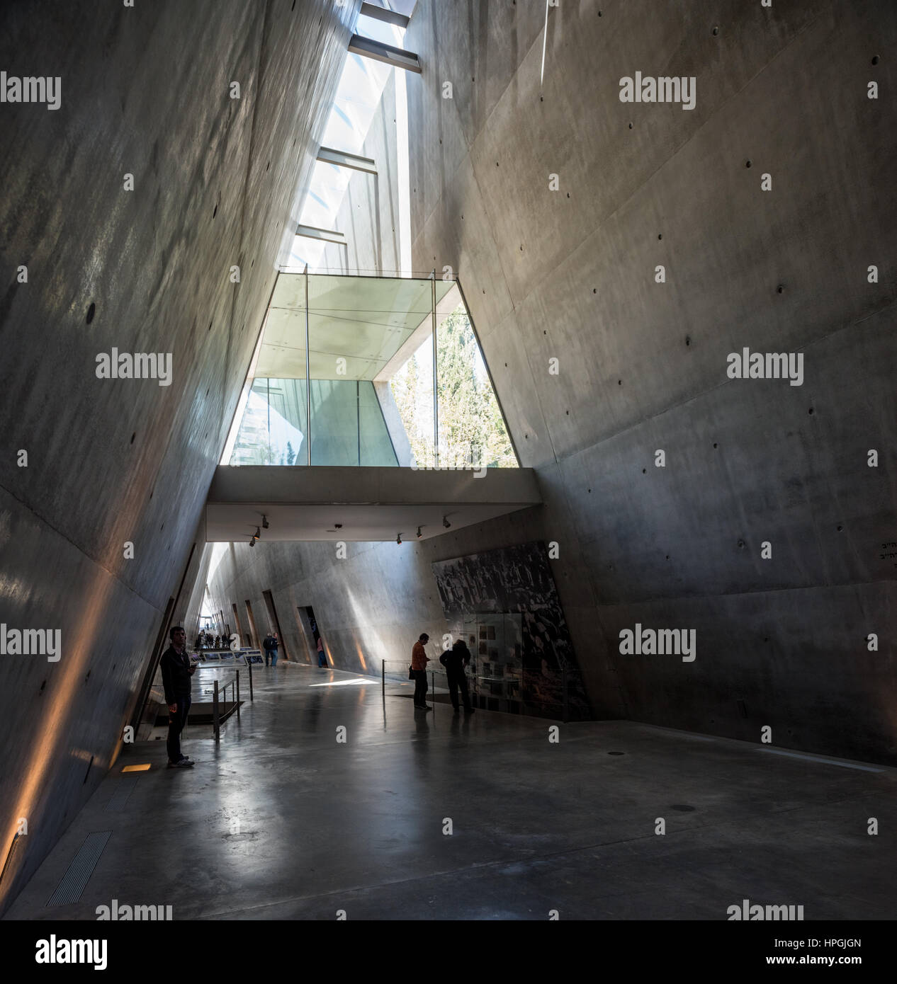 view of yad vashem memorial stock photos view of yad vashem memorial stock images alamy. Black Bedroom Furniture Sets. Home Design Ideas